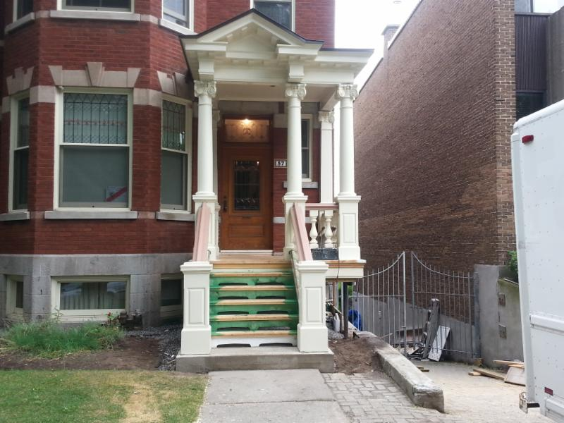 Balcon reconstruction , Outremont