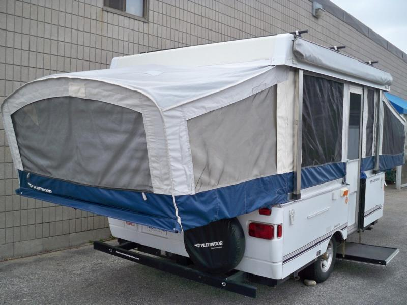 Barrie tent awning barrie on 10 hamilton rd canpages for Rv shelter canada