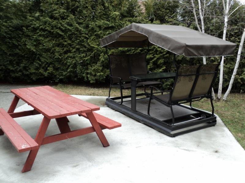 auberge sous mon toit granby qc 317 rue chapais canpages. Black Bedroom Furniture Sets. Home Design Ideas