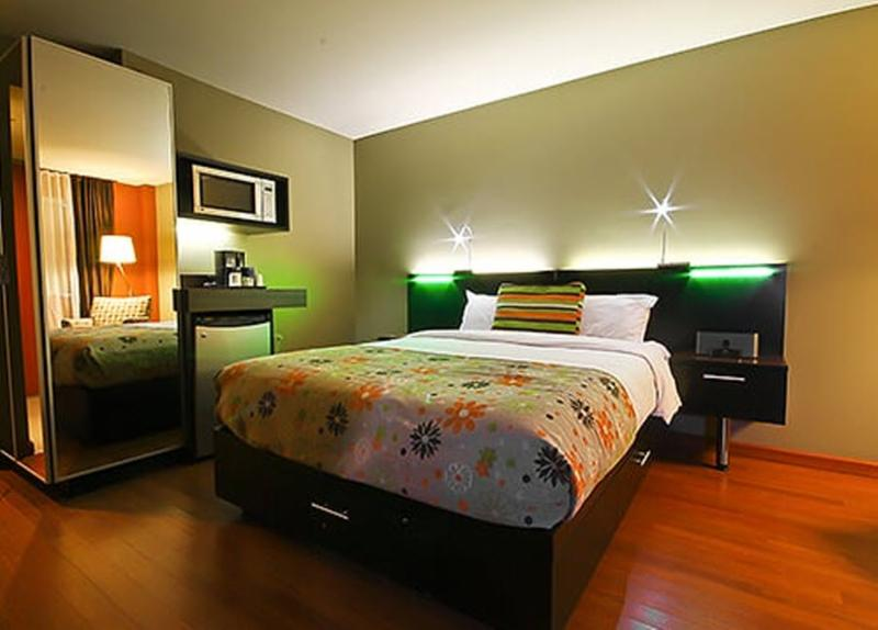 Hotel Jaro Toronto
