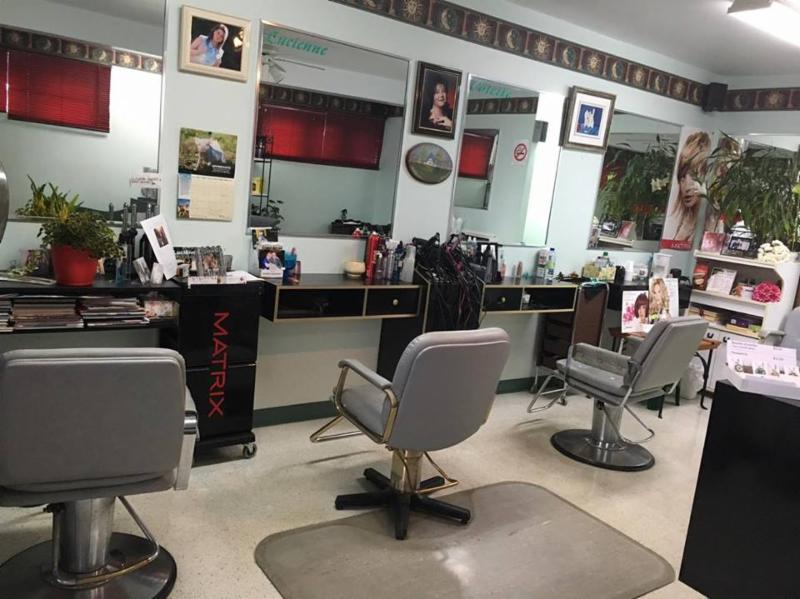 Awesome salon coiffure laval ideas awesome interior home for Article de cuisine laval