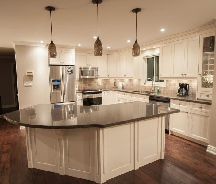 Kitchen Cabinets Vancouver: Applewood Kitchens