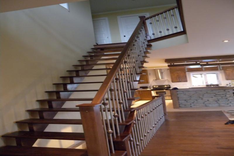 escaliers rv inc horaire d 39 ouverture 231 rue. Black Bedroom Furniture Sets. Home Design Ideas