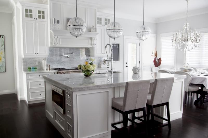 Lafleur cabinets opening hours 12810 99 street grande for Kitchen cabinets 99 street edmonton