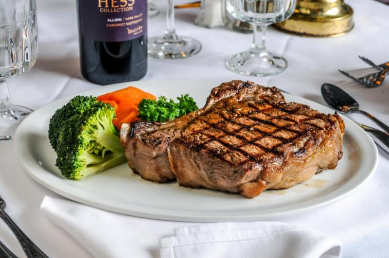 Aristotle 39 s steak seafood mississauga on 6905 for Steak and fish restaurants near me