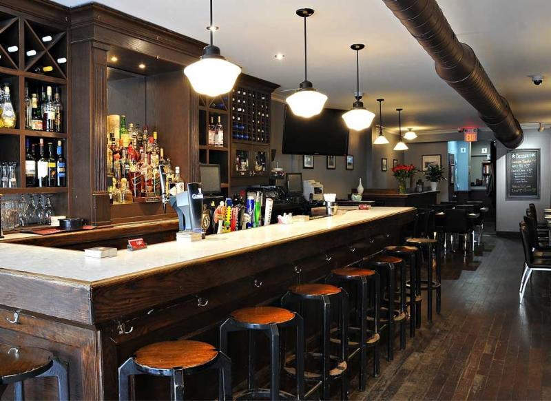 Wylie's Pub