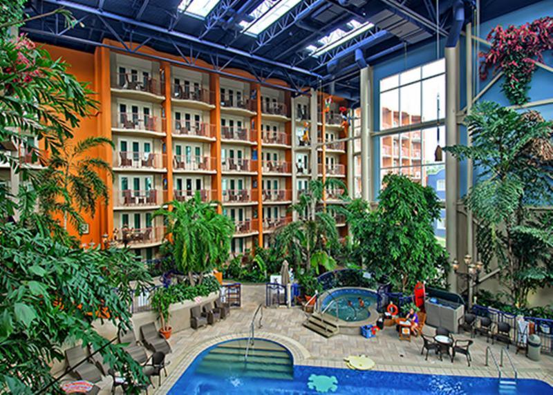 L 39 h tel qu bec horaire d 39 ouverture 3115 av des h tels for Hotel a la clusaz avec piscine