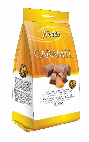 Bouchées de chocolat au lait avec centre de caramel onctueux, emballées individuellement.