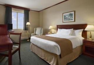 Travelodge Hotel Montreal Airport Saint Laurent Qc