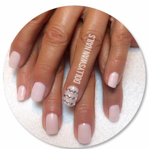 Dollyswan ongles et spa horaire d 39 ouverture 5263 ch - Salon ongles montreal ...