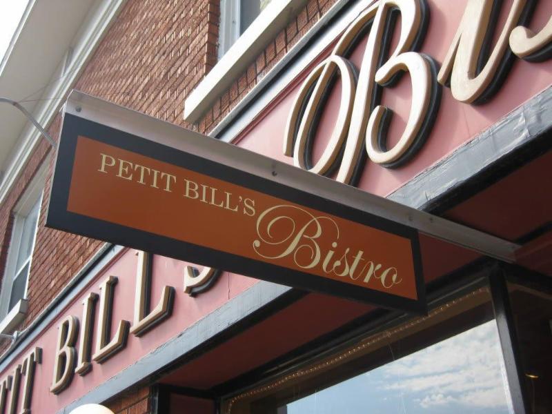 Petit Bill's Bistro