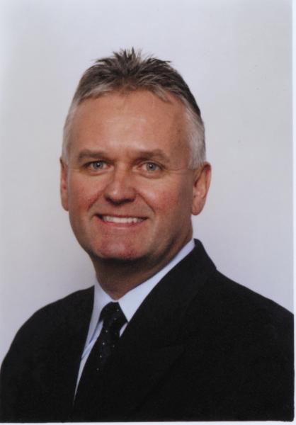 Dr Yves Richard