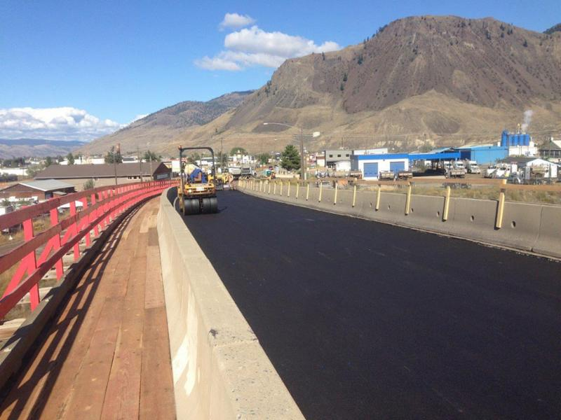 MoTI Asphalt Surfacing, Kamloops Area Paving on TCH 1, Westsyde Road, Hwy 5A and Lac Le Jeune Road (90.58 Lane KM) ¿ with addition of the Red Bridge