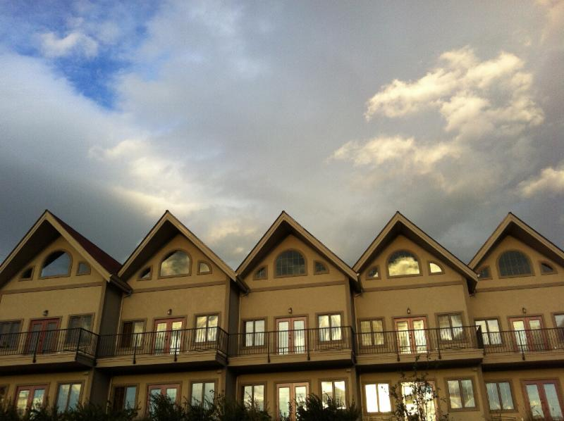 Clear Reflections Window Cleaning - Salmon Arm, BC - 370 ...