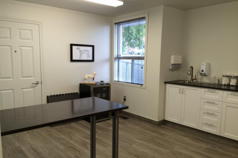 bureau v t rinaire centre ville inc horaire d 39 ouverture 622 rue des forges trois rivi res qc. Black Bedroom Furniture Sets. Home Design Ideas