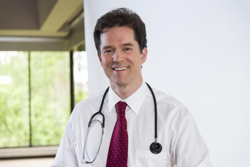 Dr. Michel Sauvé