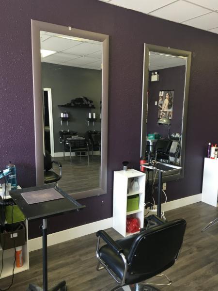 J co hair salon horaire d 39 ouverture 5305 50th avenue for Horaire bus salon aix