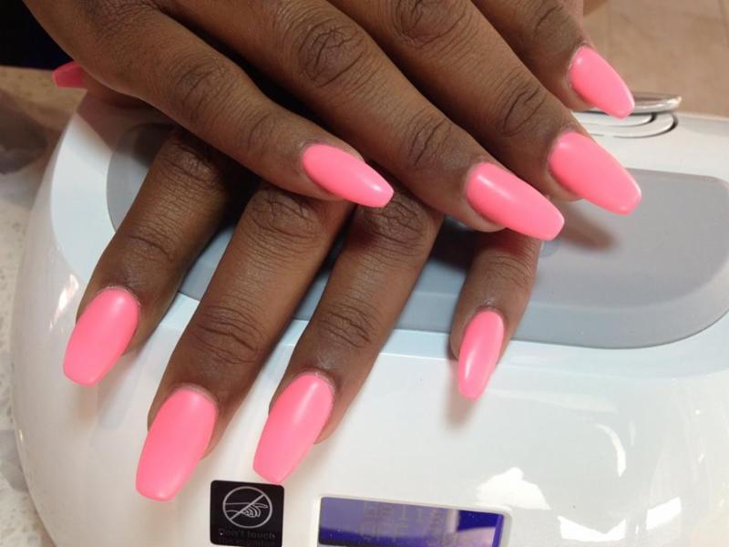 Gel Extension, Shellac, Manicure,Pedicure, Nail Art. Zapraszam serdecznie na profesionalną stylizację paznokci w miłej atmosferze. Paznokcie wykonuję metodą żelową i akrylową.