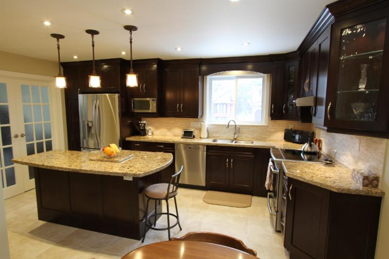 Classic Kitchens Renova Whitby On 1910 Dundas St E Canpages